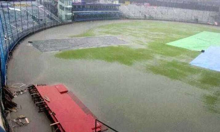 fifth odi between india australia called off due to wet out