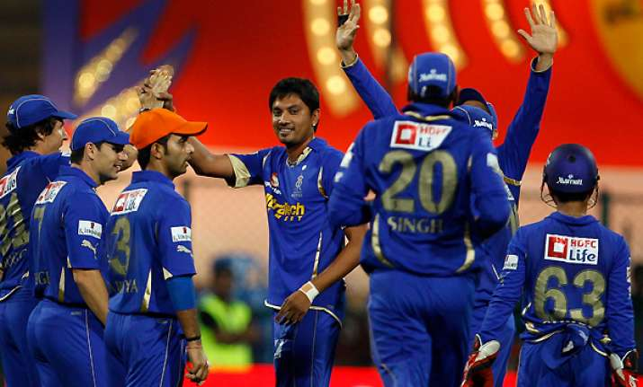 rajasthan royals start favourites against deccan chargers