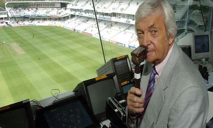 richie benaud in hospital after car accident