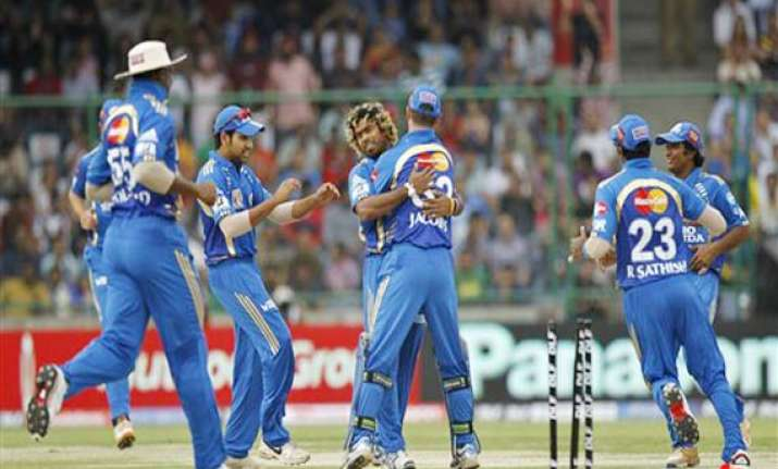 sl cricketers asked to leave ipl early
