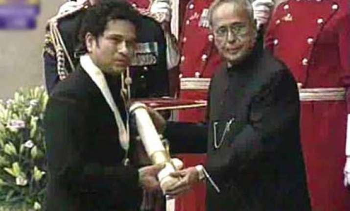 sachin tendulkar gets bharat ratna the highest civilian