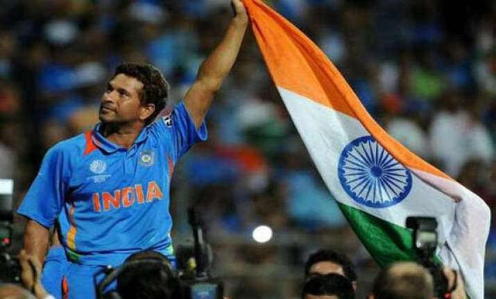 sachin announces retirement