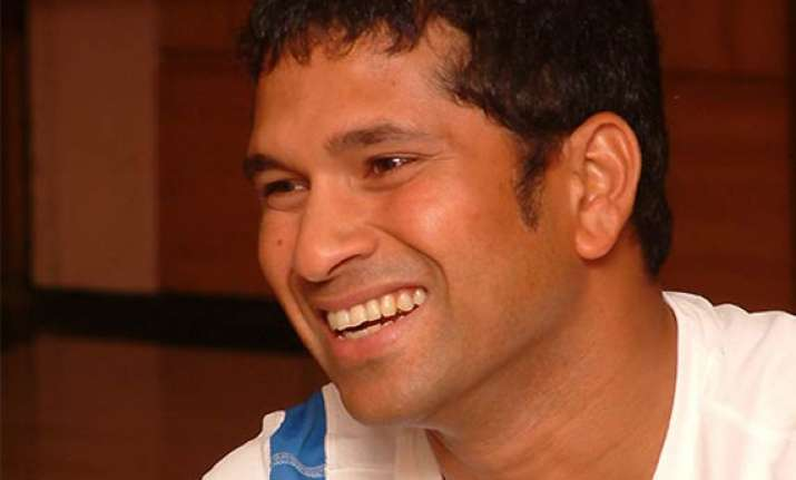 sachin interacts with physically challenged soldiers