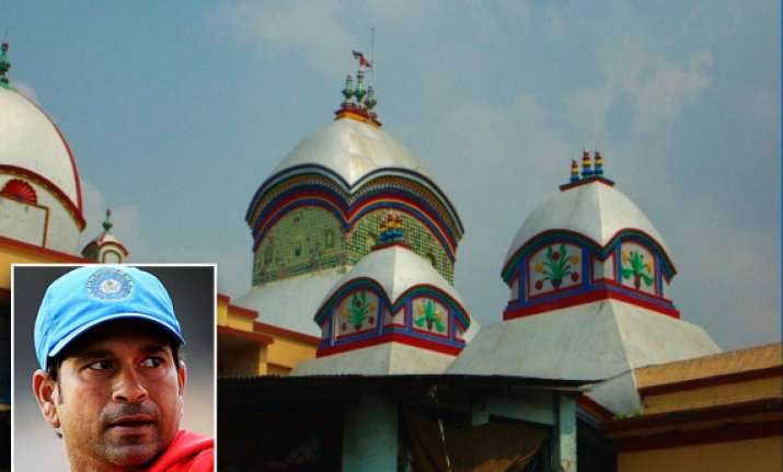 sachin returns disappointed from kalighat