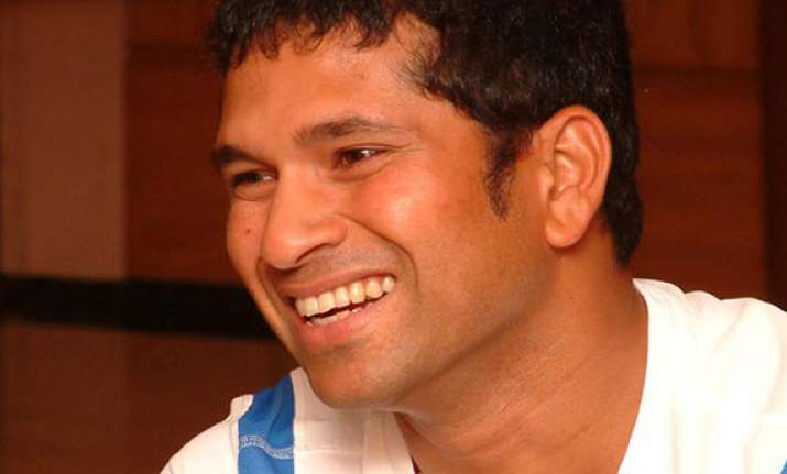 sachin tendulkar thanks his friends on twitter