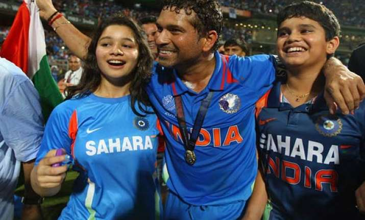 sachin urges indians to pursue dreams with hard work
