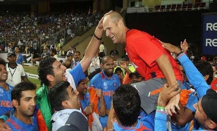 sachin yuvraj want kirsten to continue as coach