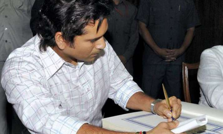 sachin not keen on staying in any govt bungalow