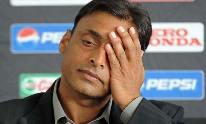 shoaib akhtar denied reports of getting married