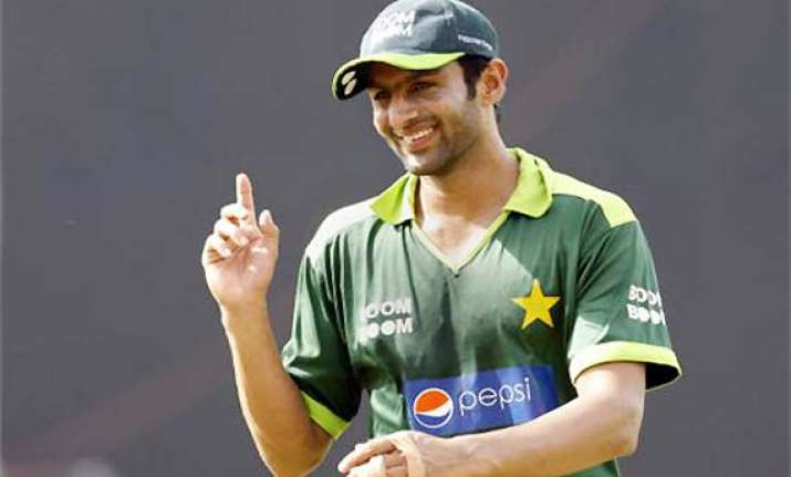 shoaib malik vows to make impressive return to team