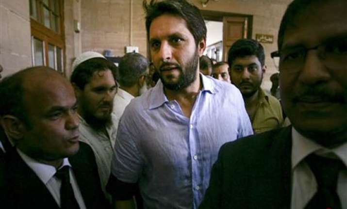 sindh high court suspends pcb hearing on shahid afridi