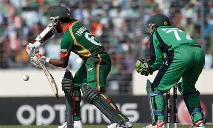 bangladesh squeezes past ireland in world cup match
