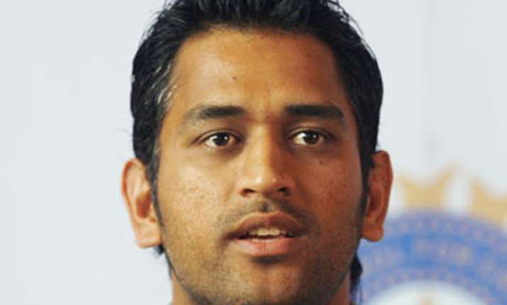smashed in sydney dhoni finds faults in batsmen and bowlers