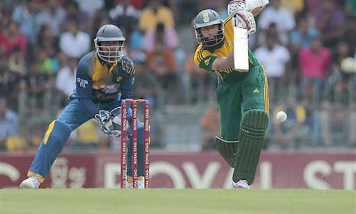 south africa beats sri lanka by 75 runs in first odi