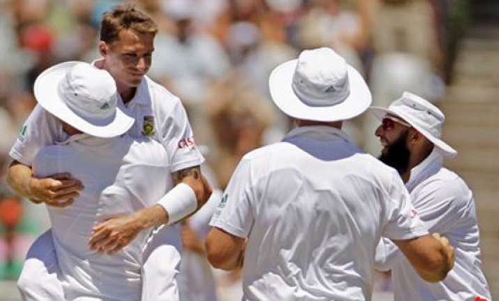 south africa clinches series with 10 wicket win
