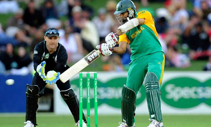 south africa beats nz 6 wickets in 2nd odi