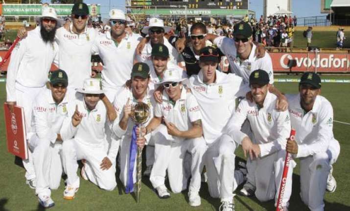 south africa retain no.1 test position