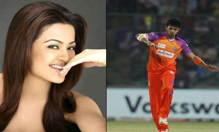 sreesanth invited his ex surveen to cheer for him