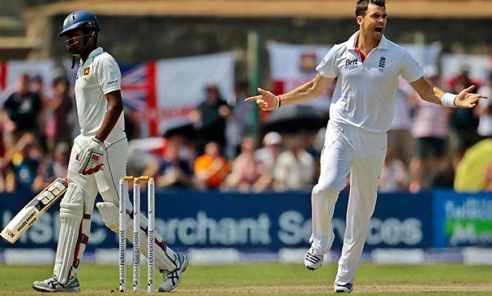 sri lanka reaches 289 8 against england in 1st test
