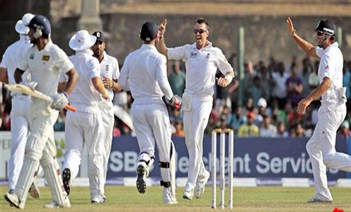 sri lanka 84 5 lead england by 209 after 2 days