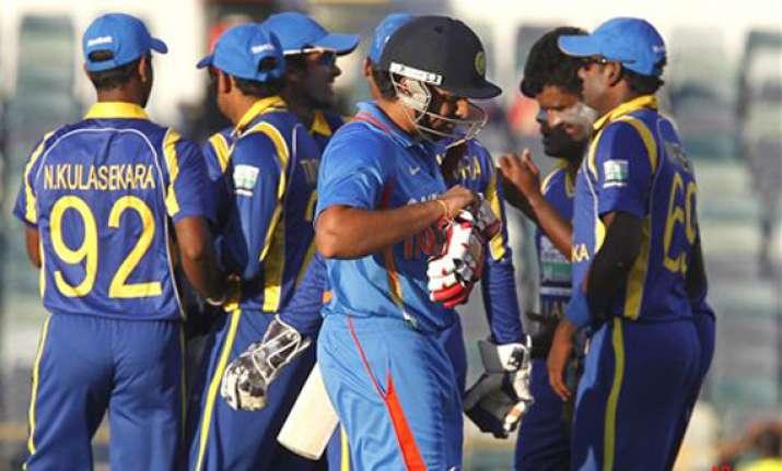 sri lanka need big guns to fire against aussies