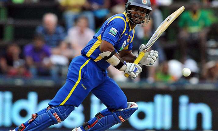 sri lanka wins 5th odi with 6 on second last ball