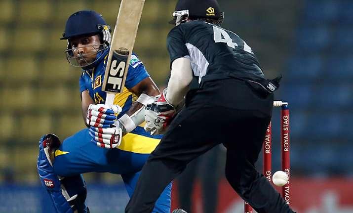 sri lanka beat nz by 14 runs via d/l method