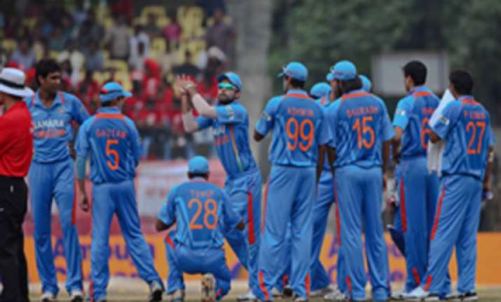 star gets title rights from bcci for rs 2 cr