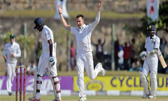 steyn s five for restricts sri lanka to 283 9