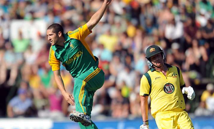 tailenders take safrica to unlikely win in 2nd t20