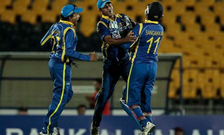 sri lanka beat pakistan by 37 runs in opening t20