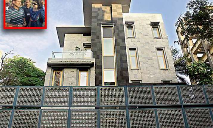 tendulkar buys rs 100 crore cover for his dream house