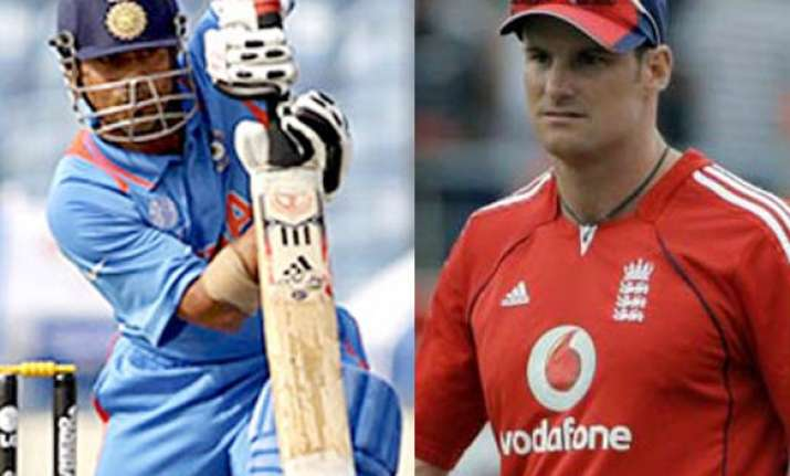 tendulkar is one of mammoths of world cricket strauss