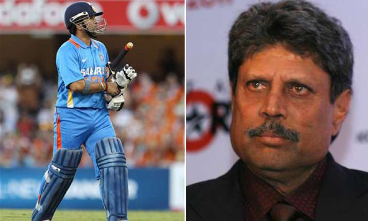 time is up for sachin says kapil dev