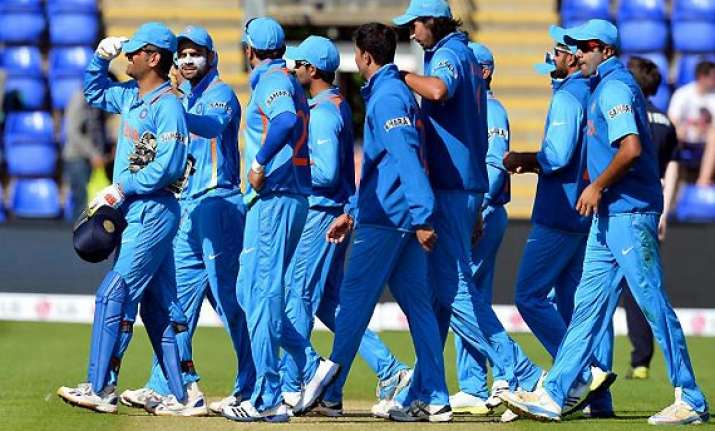 unchanged team india for rest of odi series against