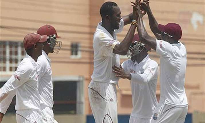 west indies on top after bowling new zealand out for 293