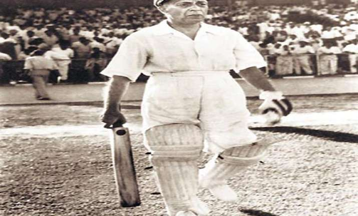 when pandit jawaharlal nehru played a cricket match