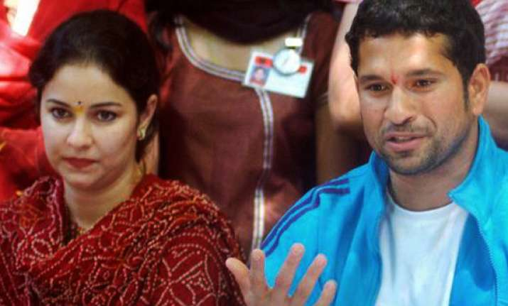 wife anjali stopped sachin from resigning mid series