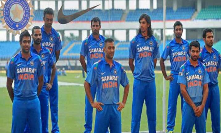 win or lose india remain at top in odi rankings