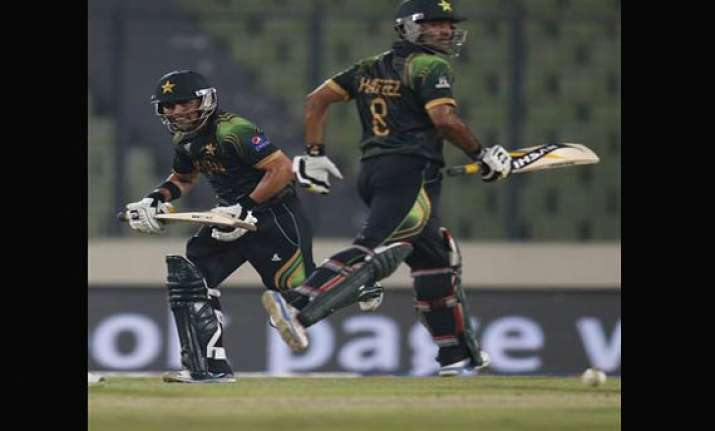 world cup t20 warmup pakistan beats new zealand by 6