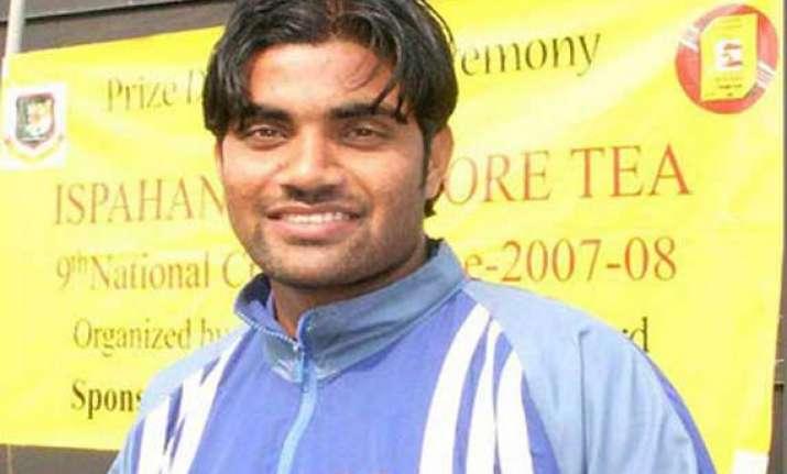 world t20 rahman replaces hossain in bangladesh team