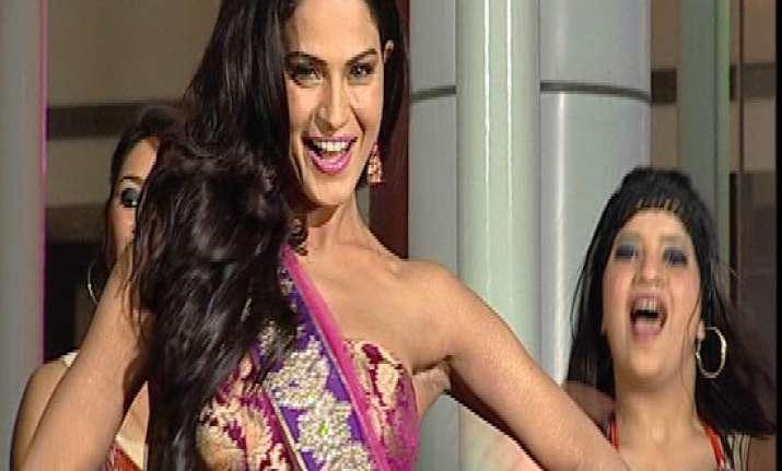 yuvraj singh my favourite says veena malik in india tv show