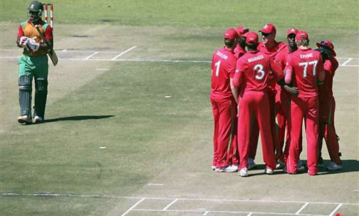 zimbabwe beats bangladesh in first odi