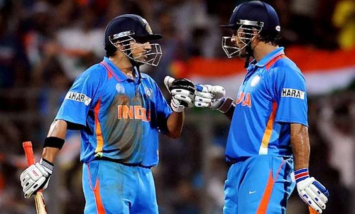 dhoni miffed with gautam gambhir s attitude and on field