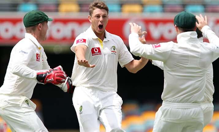 australia beats kiwis by 9 wickets pattinson takes 5 wickets