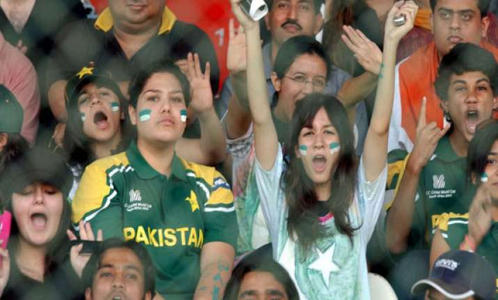 5 000 visas to be issued to pakistani cricket fans