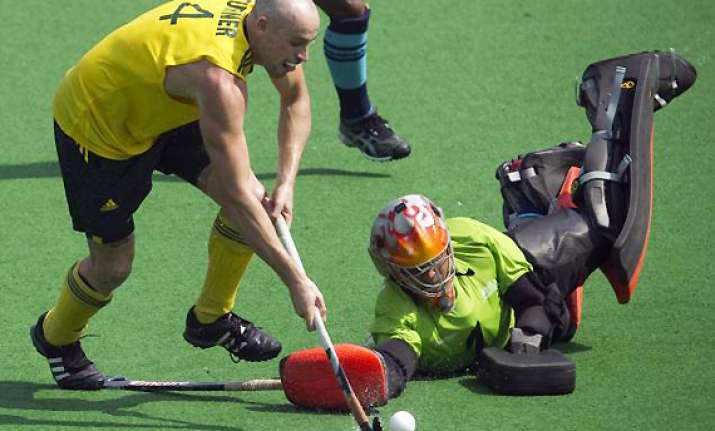 australia blank india 5 0 in tri nation hockey tourney