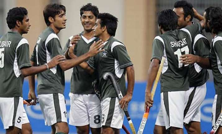 britain beats pakistan 3 2 in azlan shah hockey