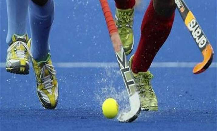 hockey india league 4 foreign coaches interested