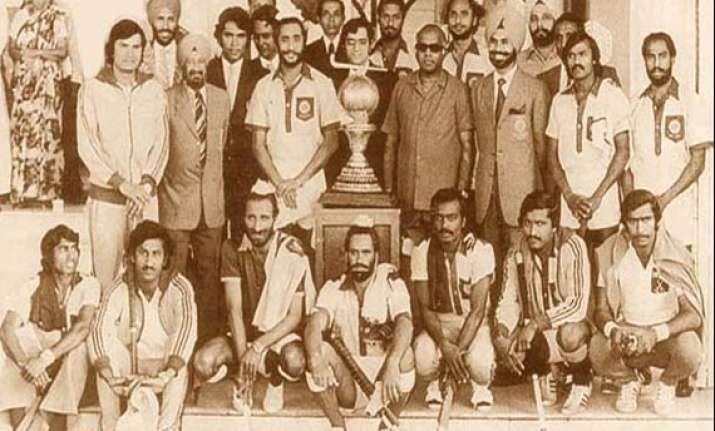hockey india honours heroes of 1975 world cup team